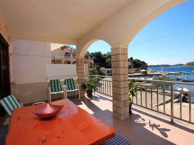 Photo for Three bedroom apartment with terrace and sea view Gršćica (Korčula)