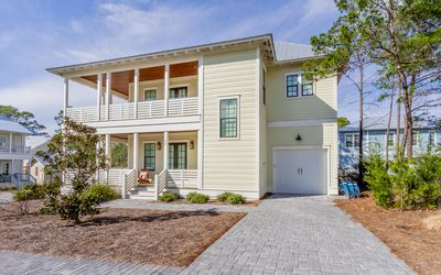 Photo for Lakeside at Blue Mtn. Beach Home, 6 Seat Golf Cart, Community Pool, 3 Bikes!