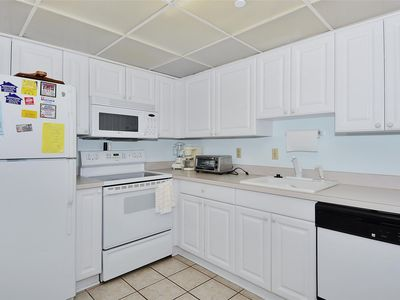 Photo for 2BR Condo Vacation Rental in Ocean City, Maryland