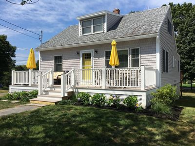 Sunny, Short Sands beach cottage very close to York's downtown area