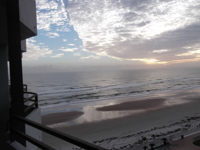 Photo for Beautiful Updated 2 Bdrm Condo On The Most Famous Beach