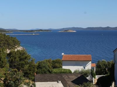 Photo for Two bedroom apartment with terrace and sea view Sali, Dugi otok (A-8181-b)