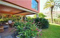 Delightful modern villa, relaxing enjoyable stay here for the family.