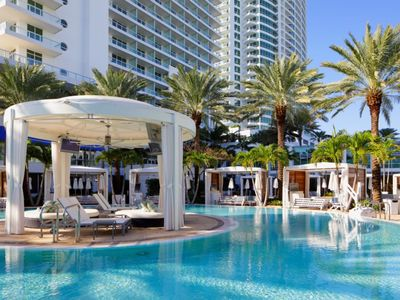 Photo for Fontainebleau Sorrento Tower lll Private Pool View Junior Suite