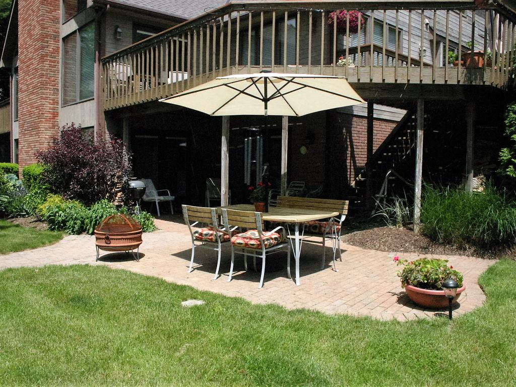relax on the beautiful portage lakes homeaway new franklin