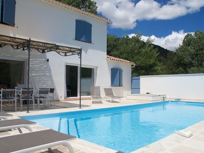 Photo for 4BR Villa Vacation Rental in Allemagne-En-Provence, Provence-Alpes-Côte-D'Azur