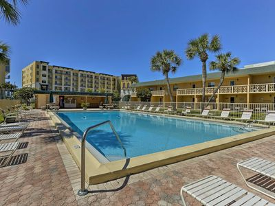 Photo for Cozy Fort Walton Beach Condo w/Pool - Near Beach!