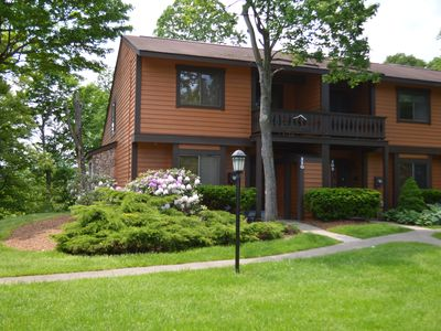 Photo for 7 Springs RESORT/ 3 br townhome Rustic/comfortable sleeps 9