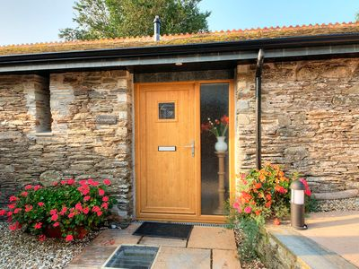 Photo for TREGANTLE, pet friendly, with open fire in Tideford , Ref 998752