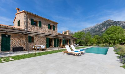Photo for Stone villa with mountain views, quiet and close to the city center