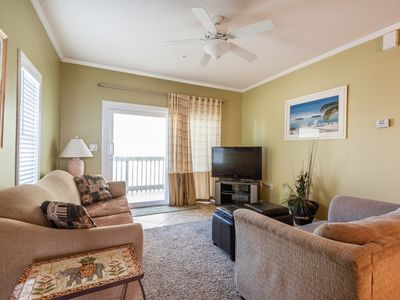 Photo for 2 bedroom Gulfside Villas on the Gulf condo with Washer/Dryer. Free WiFi.Pool