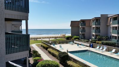 Photo for Clean Beautifully Remodeled Beachfront Condo