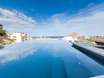 Photo for Newly Remolded Villa In Pedregal 3  master suites over 3000 sq. ft.