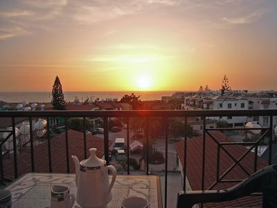 Photo for 2 Bed Apartment Stunning Sea View Sleeps 4/5 Five Min Walk To Beach