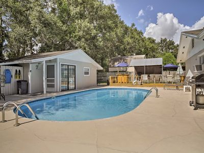 Fern Park House w/Pool - New Patio & Fire Pit!