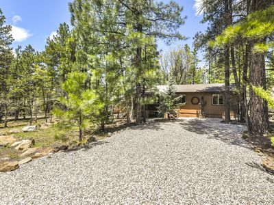Cozy Retreat in the Woods in Munds Park!