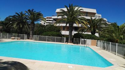 Photo for STUDIO COZY, SWIMMING POOL, PARKING FARM, 400 M FROM THE BEACH