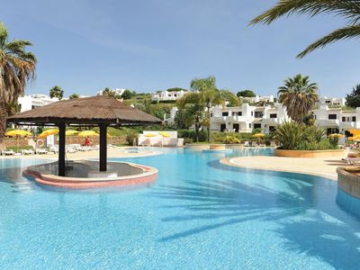 Photo for Apartment inserted in «Clube Albufeira Resort»