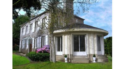 Photo for Beautiful Maison De Maitre On The Outskirts Of The Pretty Village Of Mesnil Clin