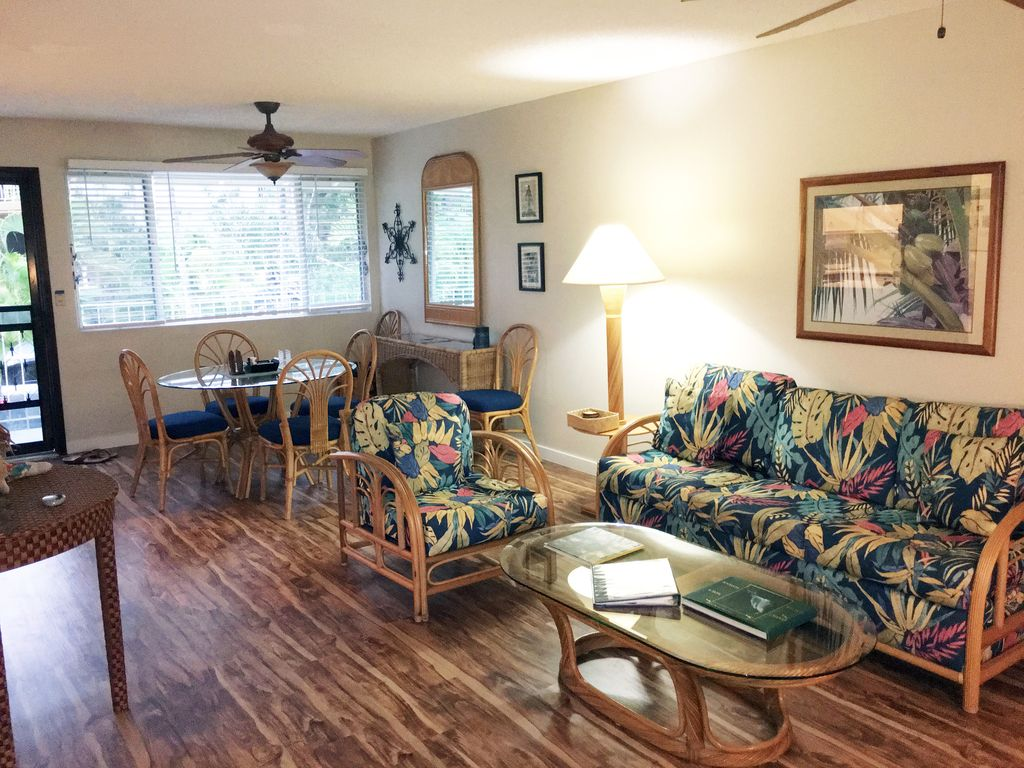 Golfer's Delight! Great Condo in Keauhou Palena