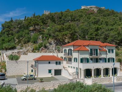 Photo for Villa Kogo apartment 9 with a swimming pool, city center Hvar