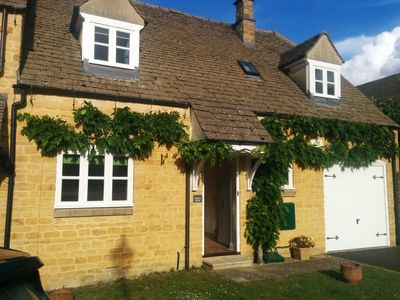 Photo for A beautifully presented Cotswold stone holiday home