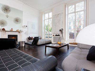 Photo for Bright and modern flat sleeps 7 moments away from Hyde Park (Veeve)