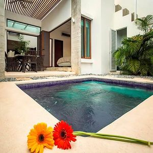 Photo for Luxury Family Townhome! Private Pool, Wellness Center & Access to Beach Resort!