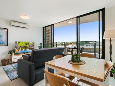 Photo for HARBOURSIDE - Stunning 1-bedroom apartment in a top harbourside location