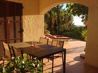 The perfect location to explore Balagne. Peaceful, well-equipped. Welcoming owner.