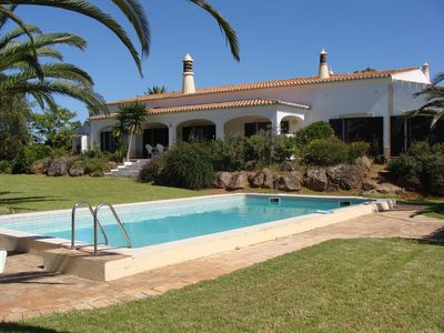 Photo for Cerro Vista is a large rural property set amongst orange groves near to Silves