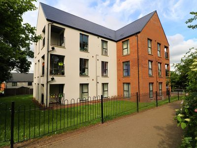 Photo for Telford - 2 Bedroom Modern Apartment