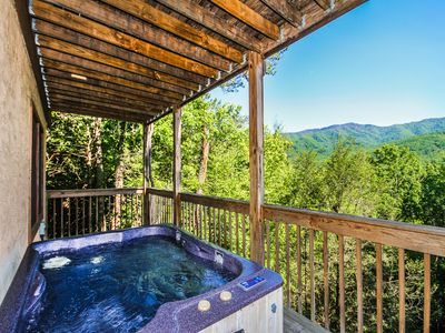Photo for Majestic View, 1 Bedroom, Sleeps 2, Jetted Tub, Mountain View, Hot Tub