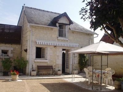 Photo for Gite Panzoult, 2 bedrooms, 5 persons