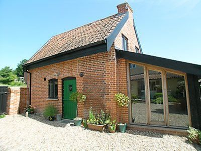 Photo for 1 bedroom property in Diss. Pet friendly.