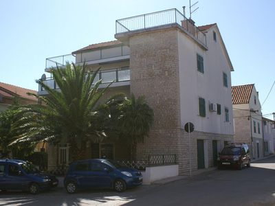 Photo for Apartment in Vodice (Vodice), capacity 6+0