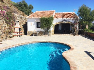 Photo for Finca Angarilla with private pool for 6 people near Cómpeta