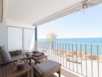 Photo for Beautiful apartment facing the sea with spectacular views
