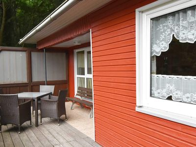 Photo for Ferienbungalow B - holiday bungalows on the edge of the beech forest in the Baltic Sea resort of Sellin
