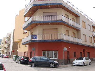 Photo for Bright and completely renovated ground-floor apartment located in a very central area, jus