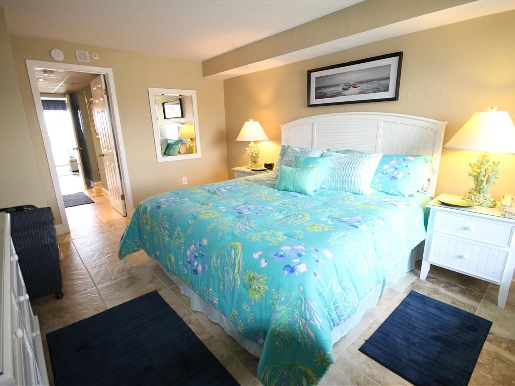 Oceanfront king bed suite renovated and perfect for a - Two bedroom suites in myrtle beach sc ...