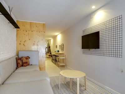Photo for Modern 1bed apartment close to Park Güell