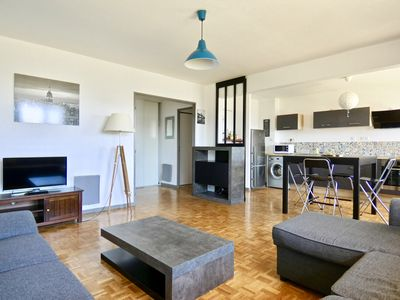Photo for BEAUTIFUL AND LUMINOUS APARTMENT IN MONTPELLIER FOR 8 PEOPLE