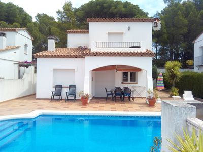 Photo for Casa Bonita 2 - Beautiful 3 bedroom house with stunning outlook