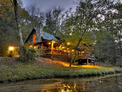 Photo for Relaxing Luxury Cabin on Fightingtown Creek!