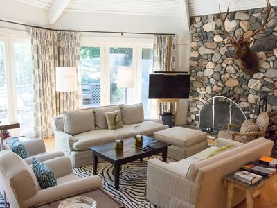 Photo for Inviting 3-bedroom retreat above Warm Springs Creek with hot tub and mountain views