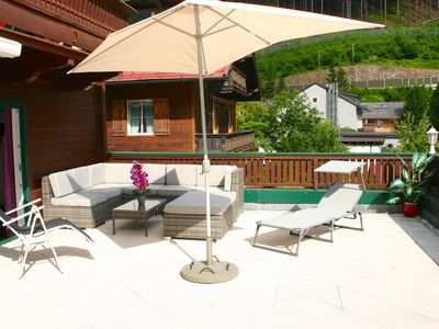 Photo for Apartment Birke - renovated apartment with 90m² terrace - 1km to Stubnerkogel-Lift