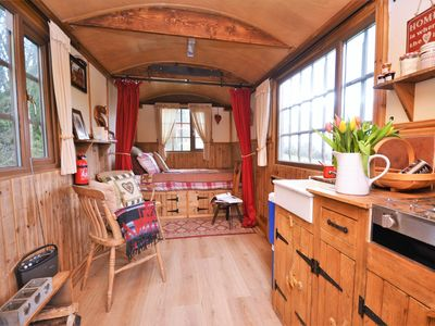 Photo for 1 bedroom Log Cabin in Hay-On-Wye - 63222