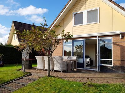 Photo for House on Zuiderzeestrand, holiday home on the waterfront with Wifi