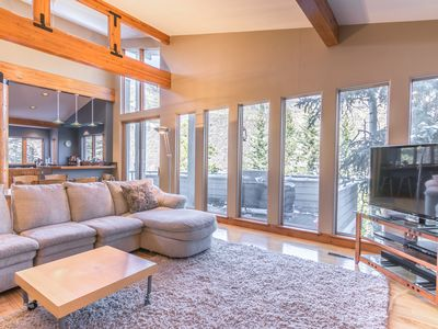 Photo for Spacious 3BR Vail House in Intermountain – Steps to Vail Village Bus